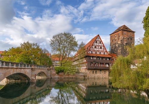 Вивчайте німецьку мову в Нюрнберзі.